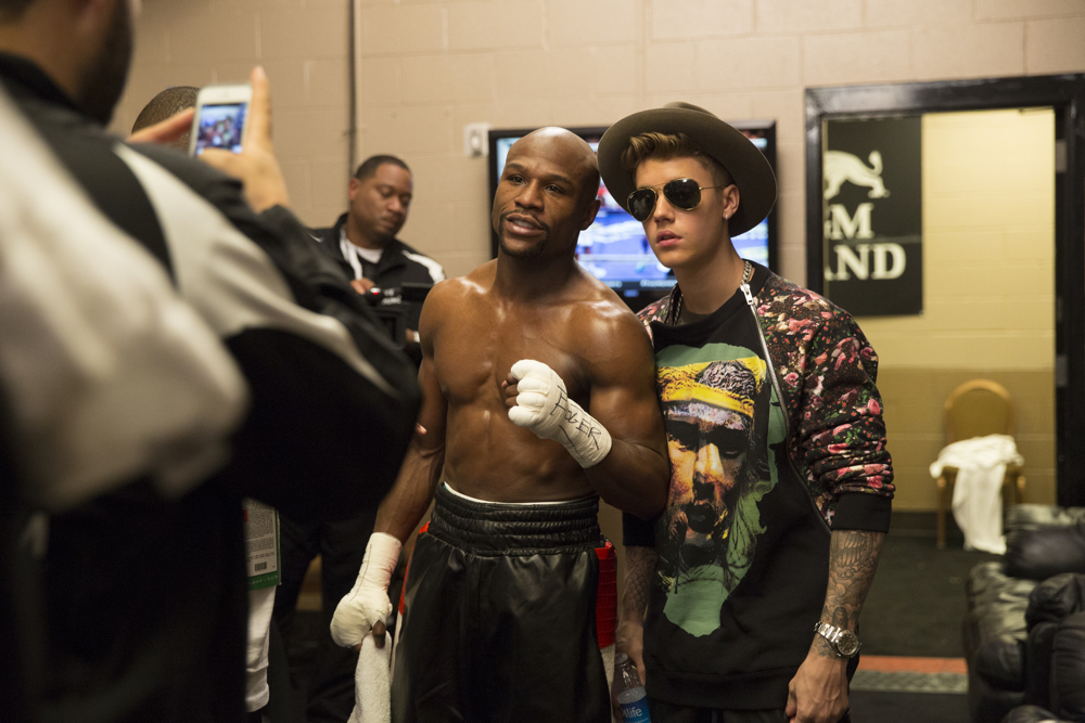 Floyd Mayweather And Justin Bieber Are Not Cool Anymore