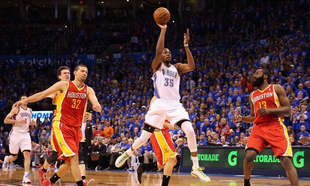 Kevin Durant calls Cavs situation 'just a regular NBA problem'